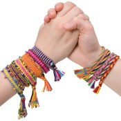 friendship-bracelets_0